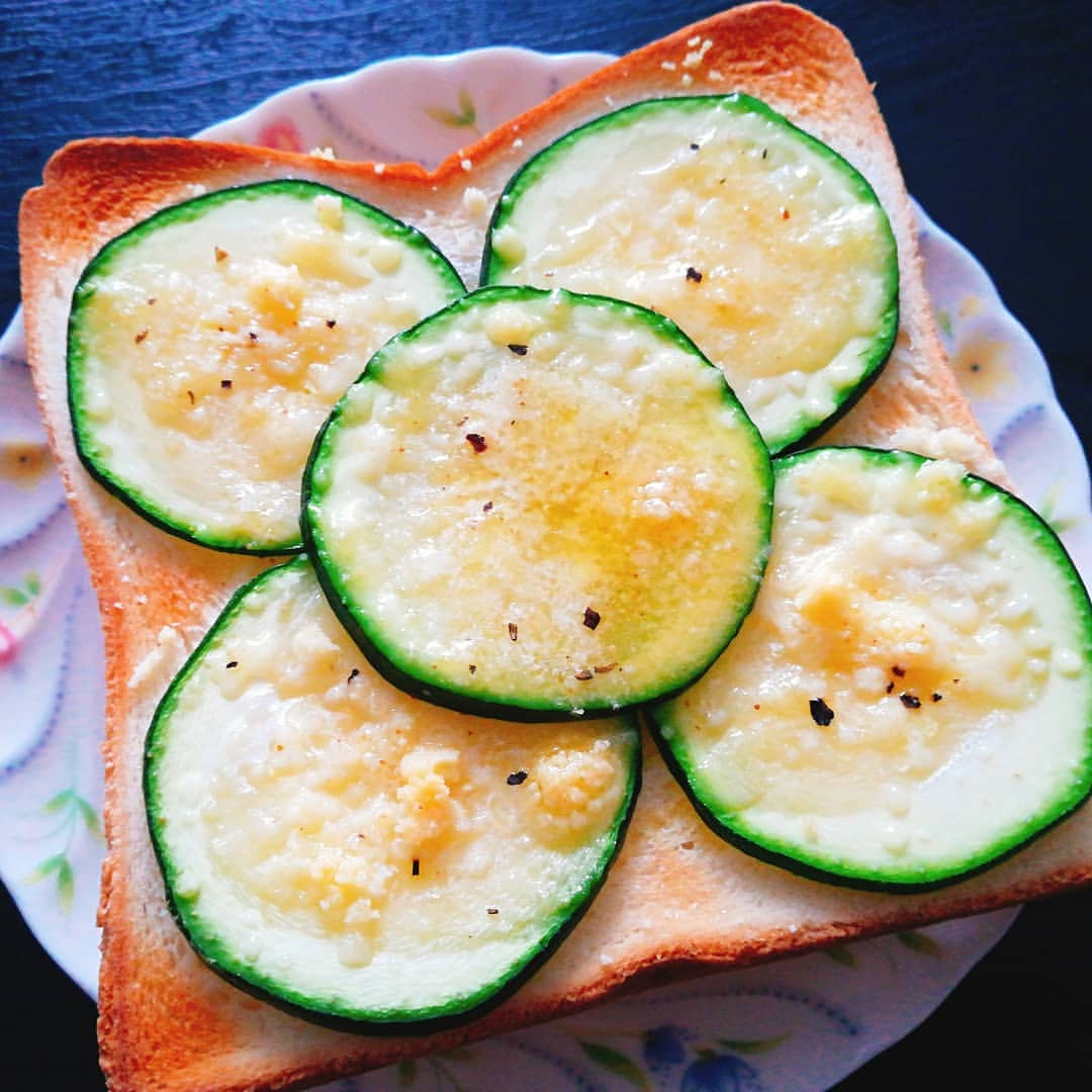 チーズ ズッキーニ 粉